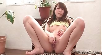 Maomi Nagasawa knows how to achieve wild pleasure with her playful fingers