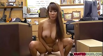 Chinese beauty Tiffany Rain pawn her pussy for plane ticket