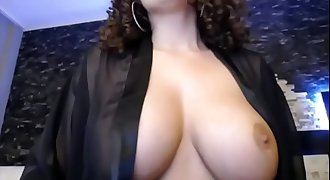 Sexy Chesty Curly Haired Mature on Cam - CamGirlsUntamed.com